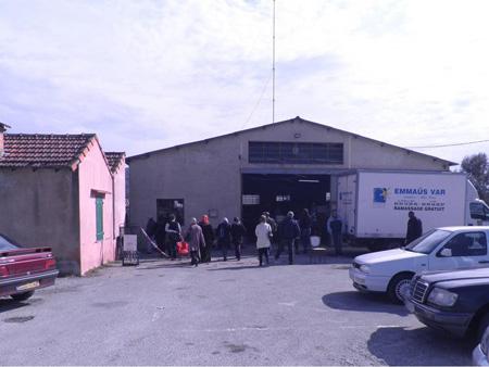 Emmaüs Var présente Le Muy, lieu de dépot-ventes