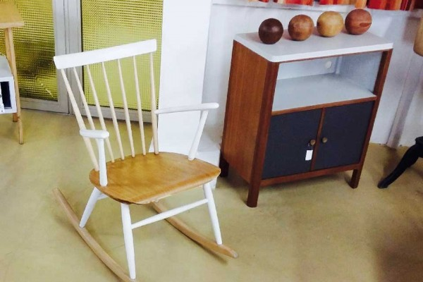 Emmaus Var - La Fabrique - Rocking Chair Vintage