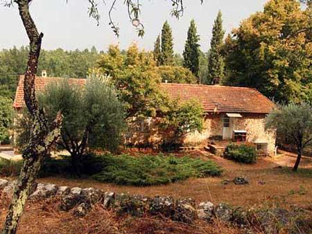 Emmaüs Var présente le Domaine Agricole de Callian