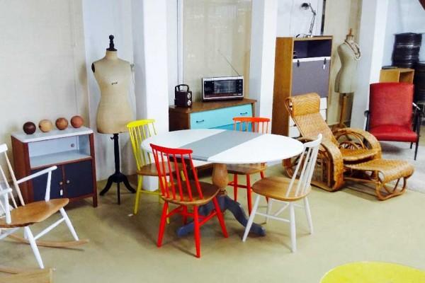 Emmaus Var - La Fabrique - table style anglais