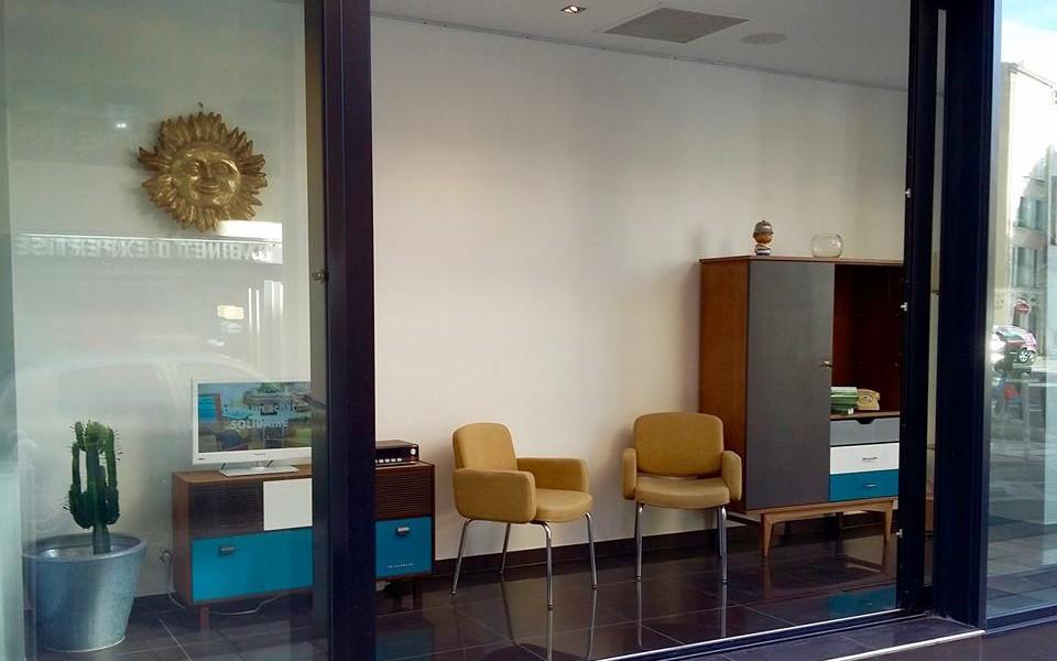 Exposition de mobiliers LA FABRIQUE au restaurant Galerie Espace RICHARDI